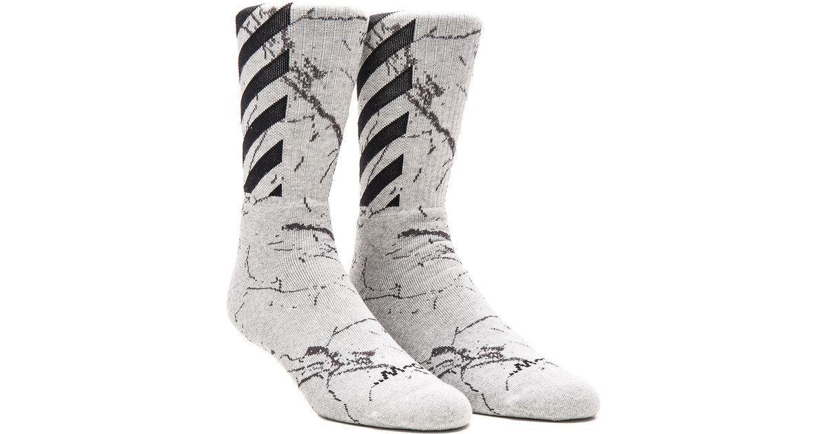 cd01380c378 Off-White c o Virgil Abloh Striped Socks in Gray - Lyst