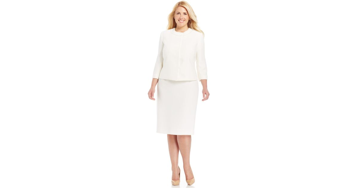 d205df2f0b40 Tahari Plus Size Pearl-Embellished Skirt Suit in White - Lyst