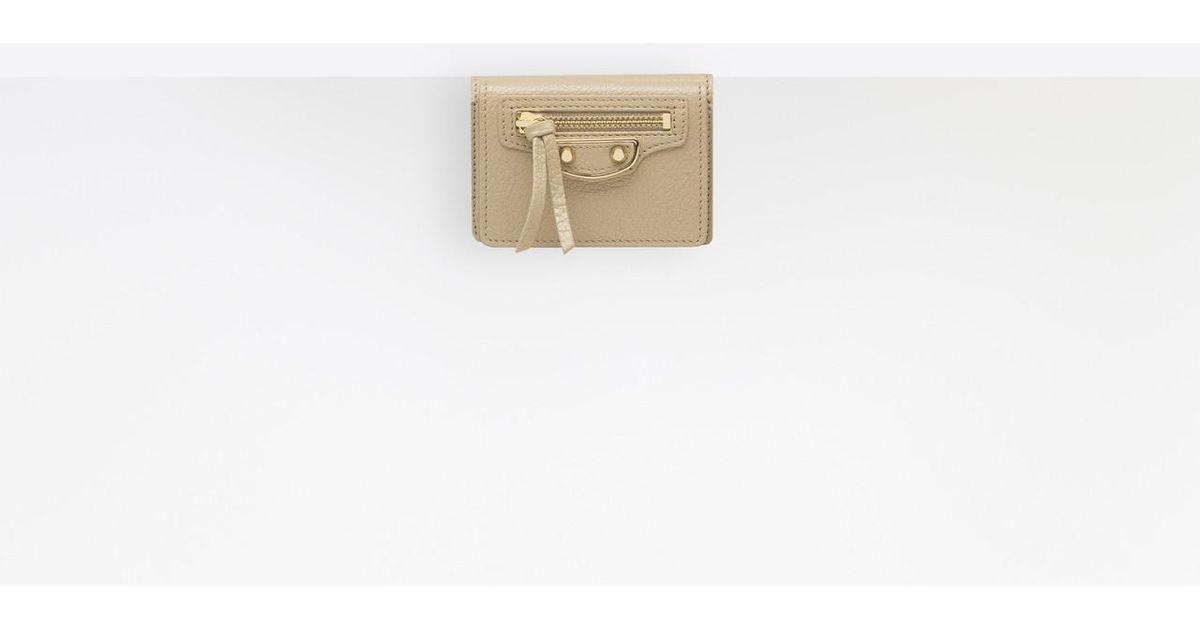 f535cf9c8fc Balenciaga Classic Metallic Edge Mini Wallet in Natural - Lyst