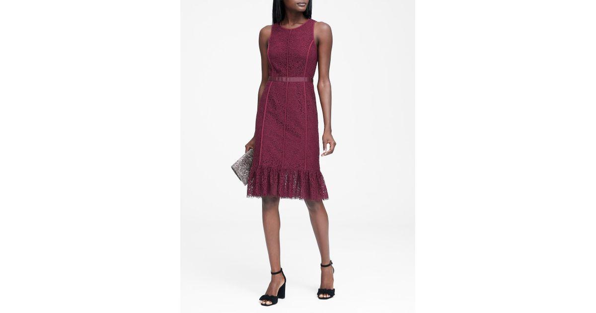 52b377d404ae Banana Republic Lace Paneled Sheath Dress in Red - Lyst
