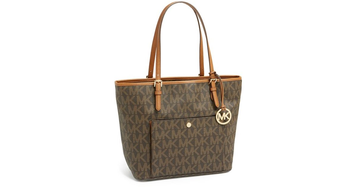 55179f93f MICHAEL Michael Kors 'large Jet Set' Signature Snap Pocket Tote in Brown -  Lyst