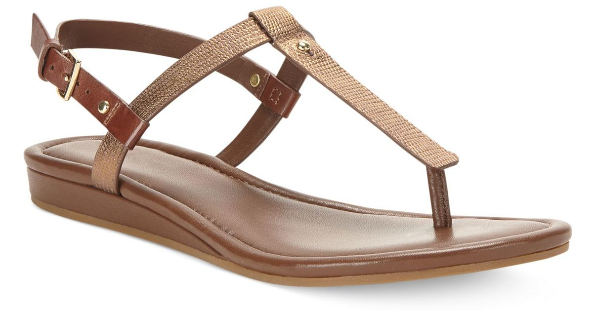 7db39aed54a2 Lyst - Cole Haan Women S Boardwalk Thong Sandals in Brown