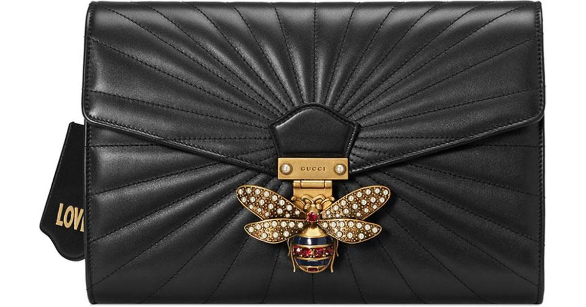17264c58ce1bb0 Gucci Linea Quilted Leather Bee Clutch Bag in Black - Lyst