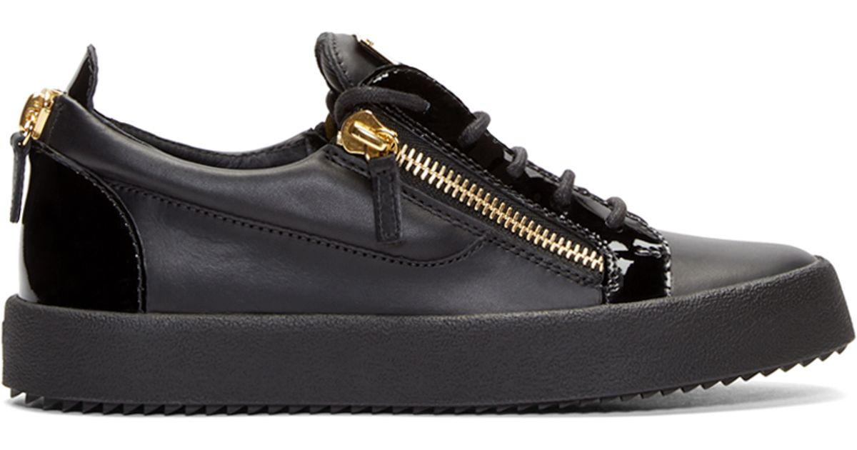 2abf98cea2a34 Giuseppe Zanotti Black   Gold Low-top Birel Sneakers in Black for Men - Lyst