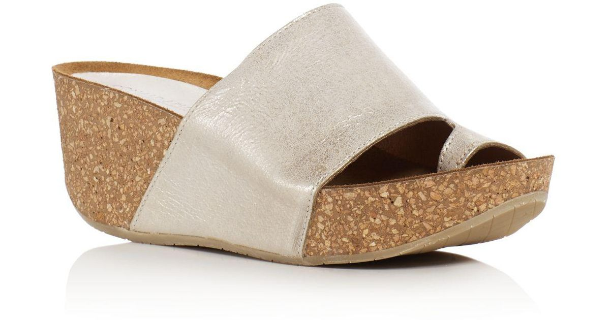 85653d94a27e Lyst - Donald J Pliner Ginie Metallic Leather Platform Wedge Sandals