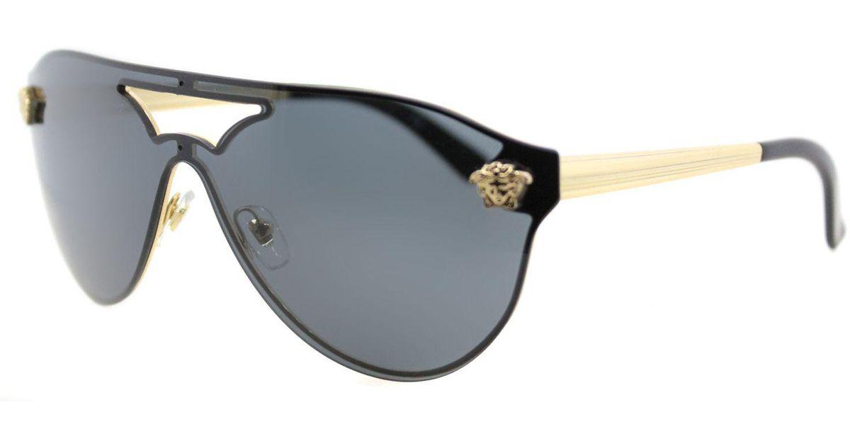 730b40ff2e0 Lyst - Versace Ve2161 100287 Gold Aviator Sunglasses in Metallic