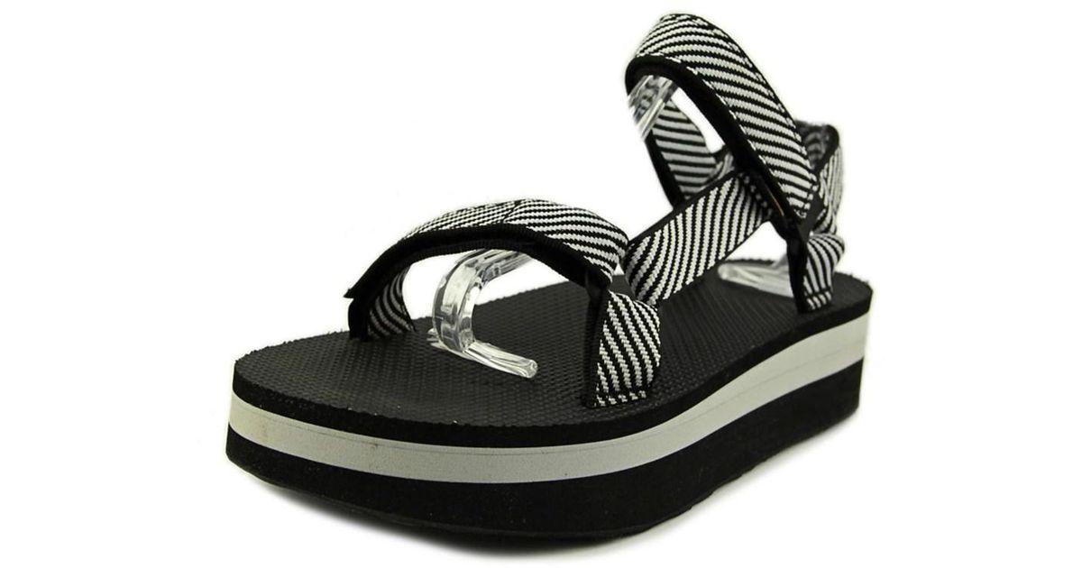 916fdee4bdc4f2 Lyst - Teva Flatform Universal Women W Open-toe Canvas Black Sport Sandal  in Black