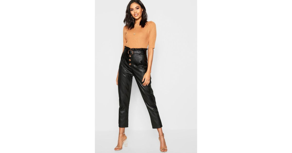18a5791d6d60 Boohoo Leather Look Mock Horn Button Paperbag Belt Leather Pants in Black -  Lyst