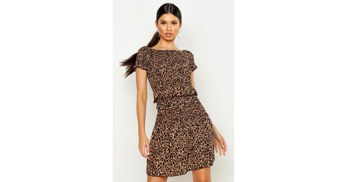 6d4e148901ce1d Boohoo Leopard Print Shirred Bardot Top in Brown - Lyst