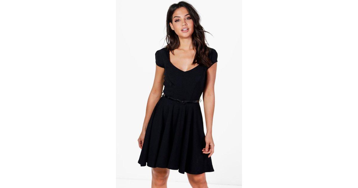 Lyst - Boohoo Lara Sweetheart Neck Skater Dress in Black 1643210d8
