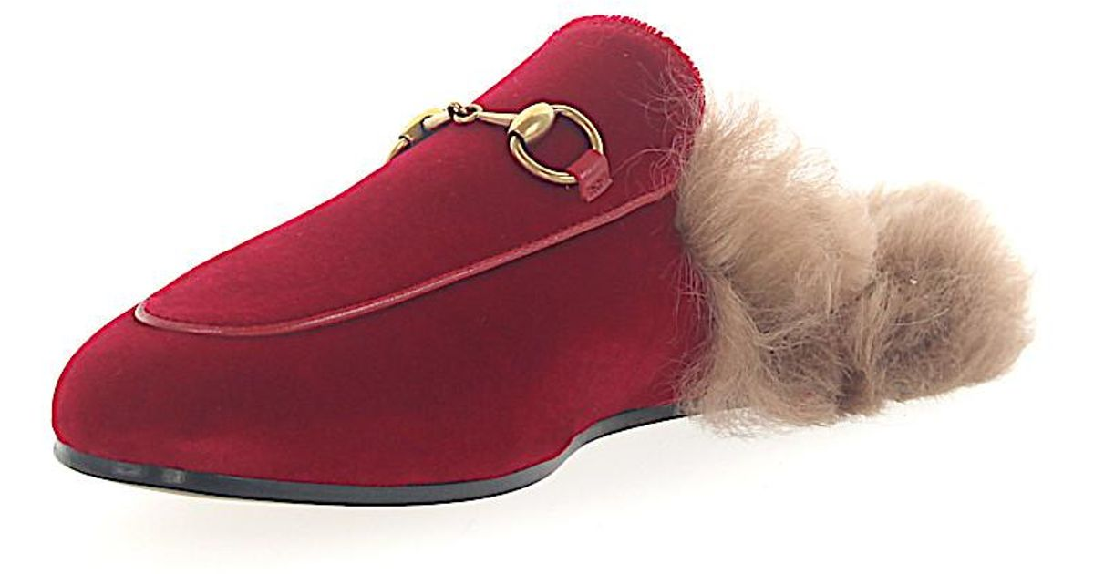 ed3f215f325 Lyst - Gucci Slippers Princetown Velvet Red Lamb Fur in Red