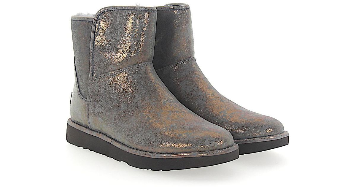 UGG Boots ABREE MINI 2 suede bronze finished Pre Order Cheap Online Many Kinds Of Online Geniue Stockist Sale Online Amazing Price i9ifWY
