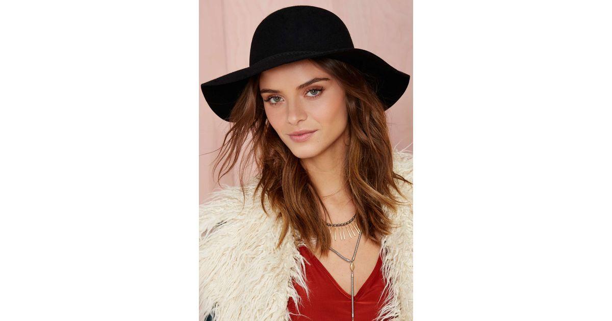 Lyst - Nasty Gal Jolie Wool Hat - Black in Black b802bf1b2ef4