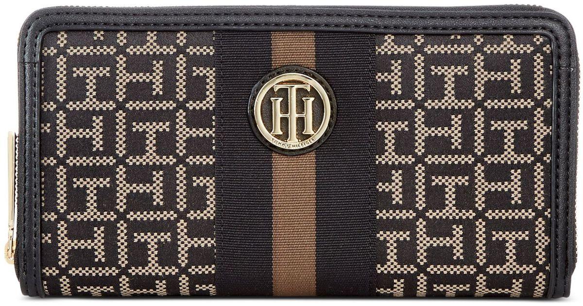 Zip Around Monogram Wallet - Sales Up to -50% Tommy Hilfiger N3jMj