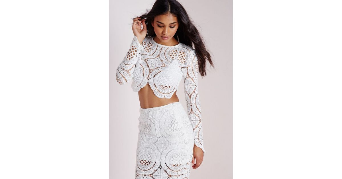 c70fd5ccd8110 Lyst - Missguided Disk Crochet Long Sleeve Crop Top White in White