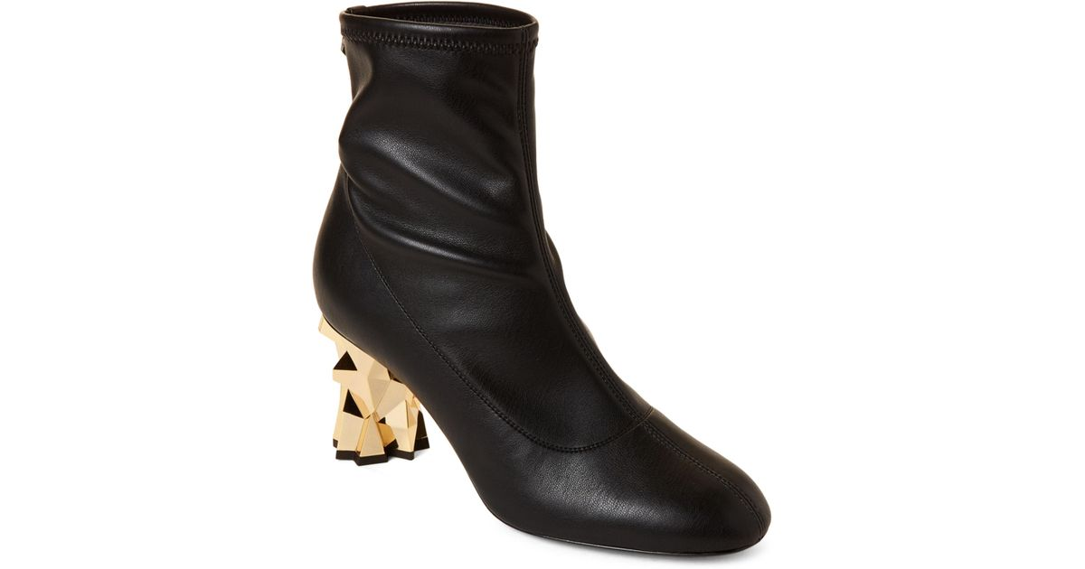 c7697fa614 Giuseppe Zanotti Blaze Gold-tone Heel Stretch Leather Ankle Boots in Black  - Lyst