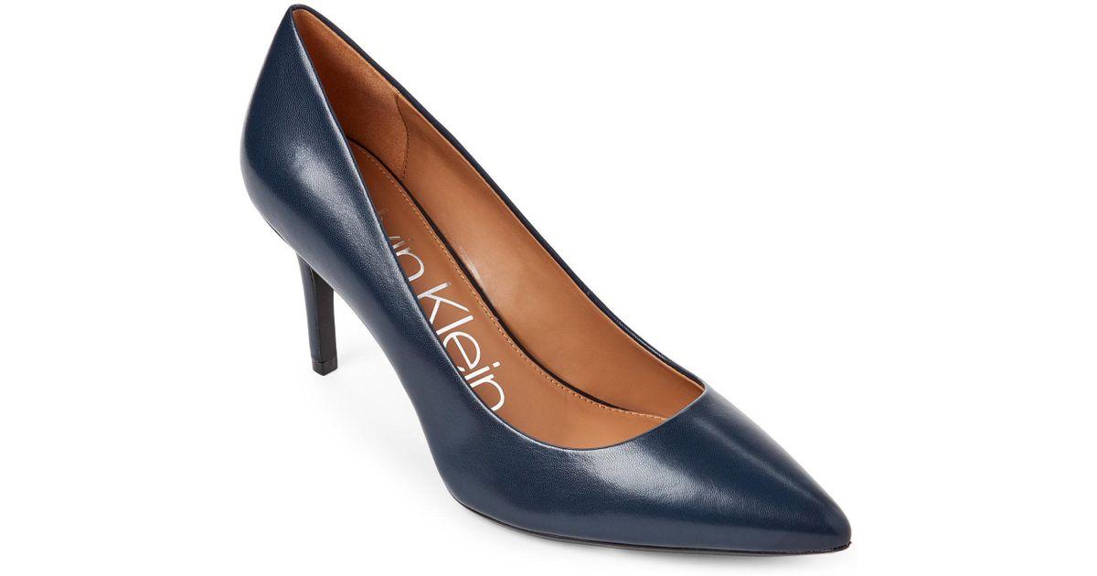 85364085321 Lyst - Calvin Klein Navy Gayle Leather Pumps in Blue