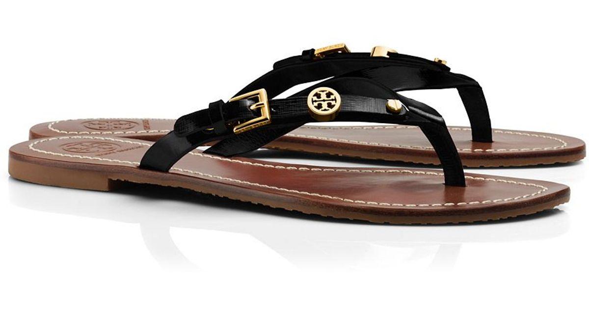 95fa7cbcccc69 Lyst - Tory Burch Monogram Flat Thong Sandal in Black