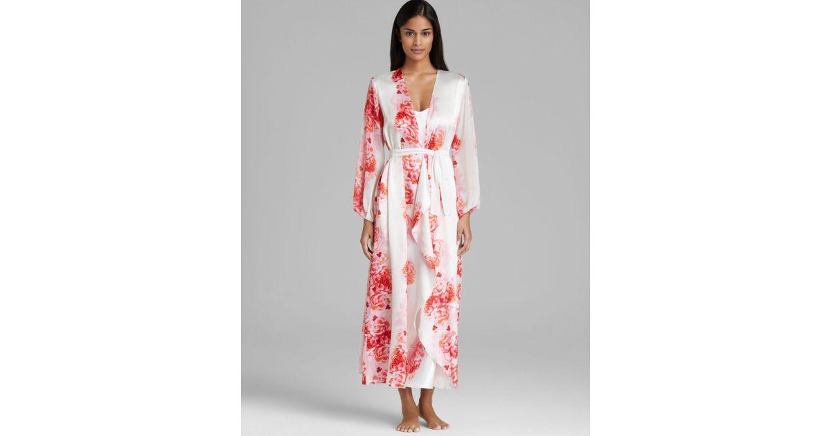 Lyst - Oscar de la Renta Romantic Peony Charmeuse Long Robe in Pink 7d58333c8