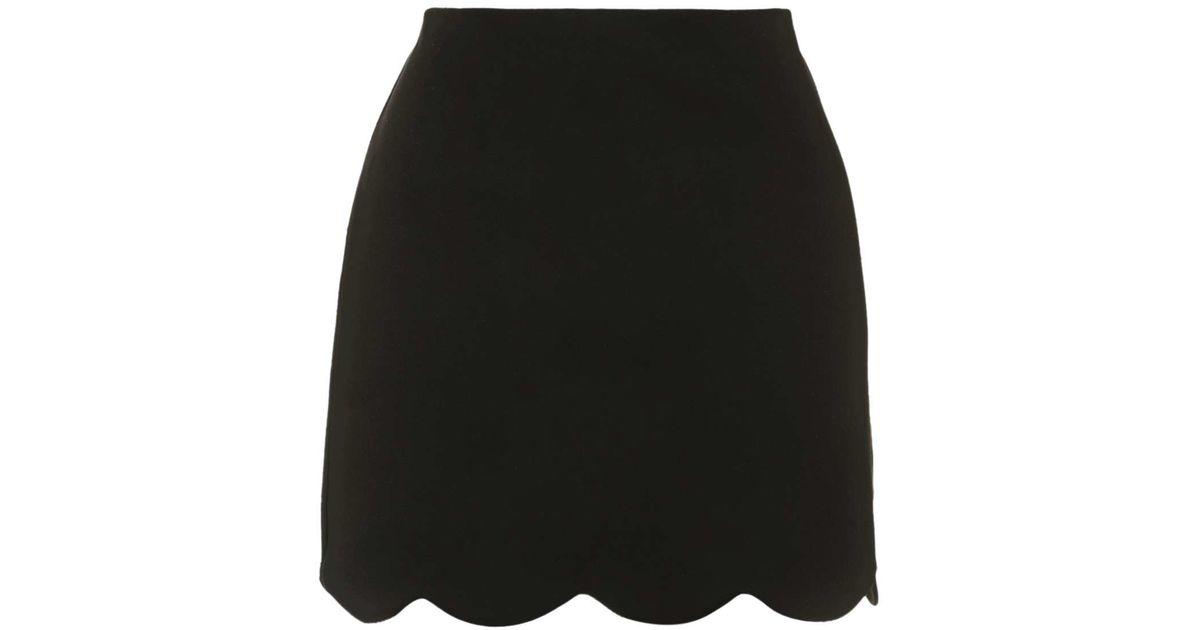 a6cf53a57 TOPSHOP Scallop Hem Mini Skirt in Black - Lyst