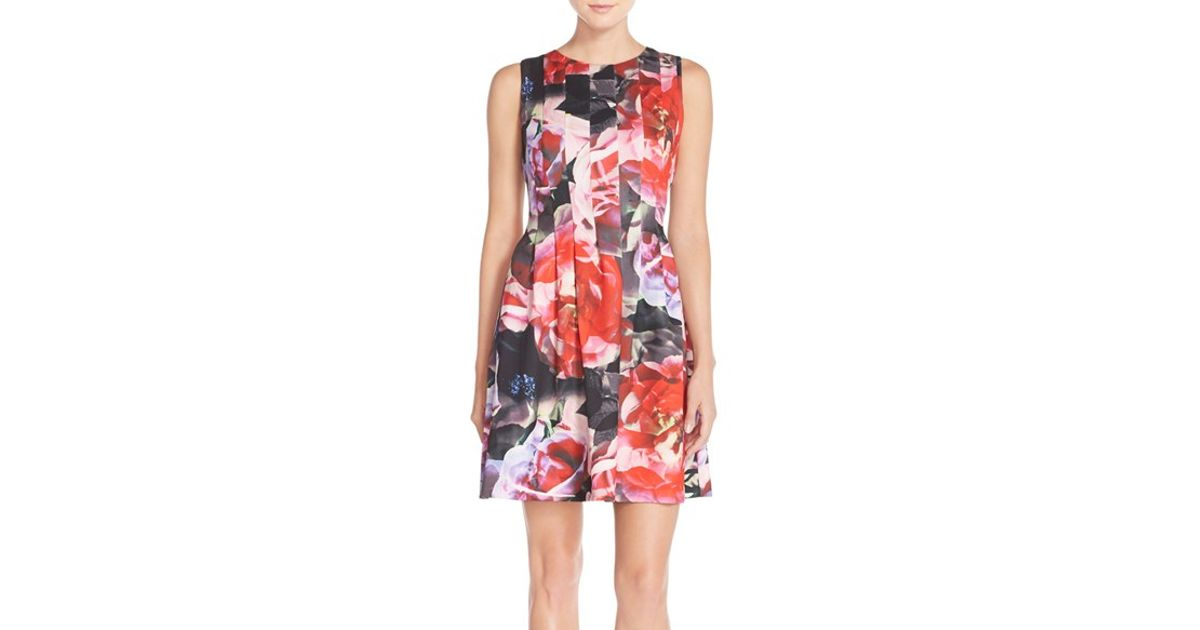 35fc2135885 Vince Camuto Floral Pleat Ponte Fit   Flare Dress - Lyst