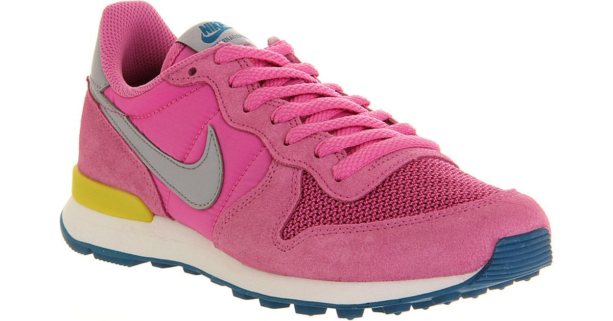 newest a83f3 85409 Nike Internationalist Trainers Red Violet Grey in Red for Me