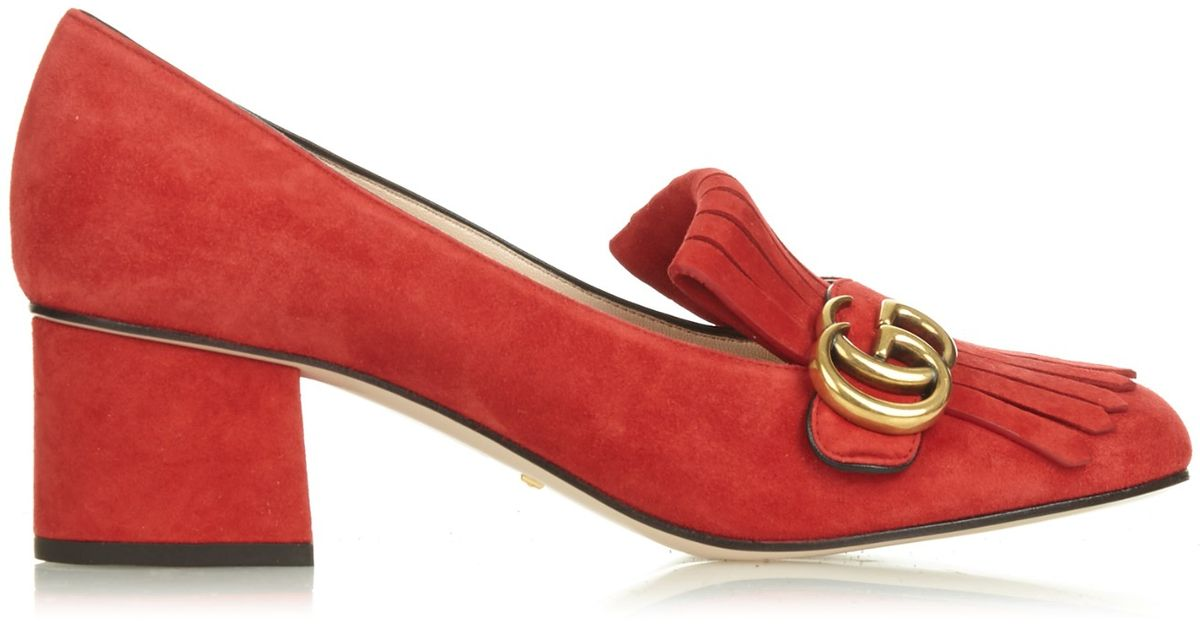 589a2260bc Gucci Marmont Fringed Suede Pumps in Red - Lyst
