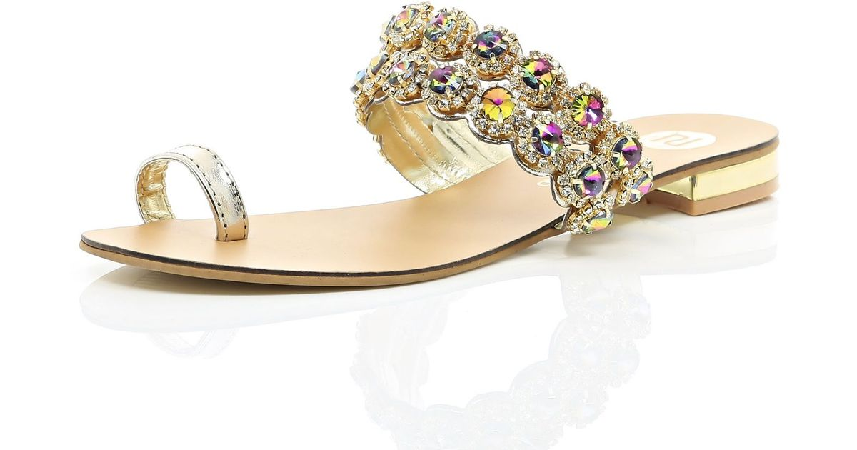 3215bc174ef River Island Gold Gemstone Embellished Toe Loop Sandal in Metallic - Lyst