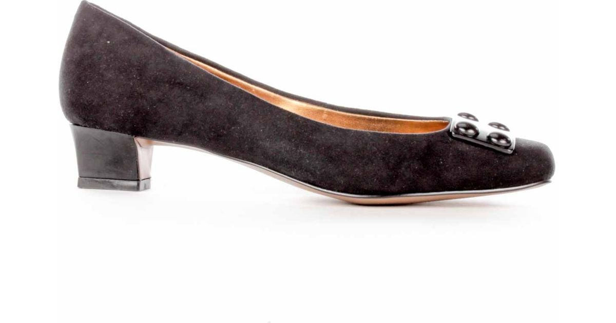 f0ce3742c01 Lyst - Ellen Tracy Valor Kitten Heel in Black