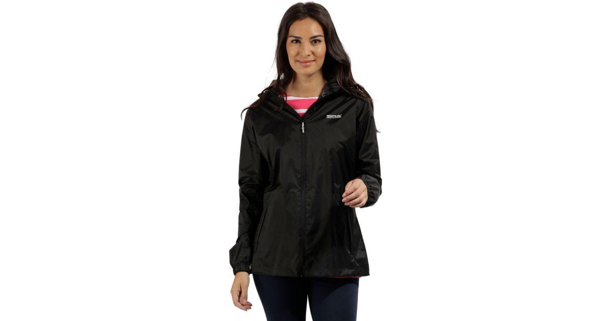 0982befc7383 Regatta Women s Pack-it Jacket Iii Waterpoof Packaway in Black - Lyst