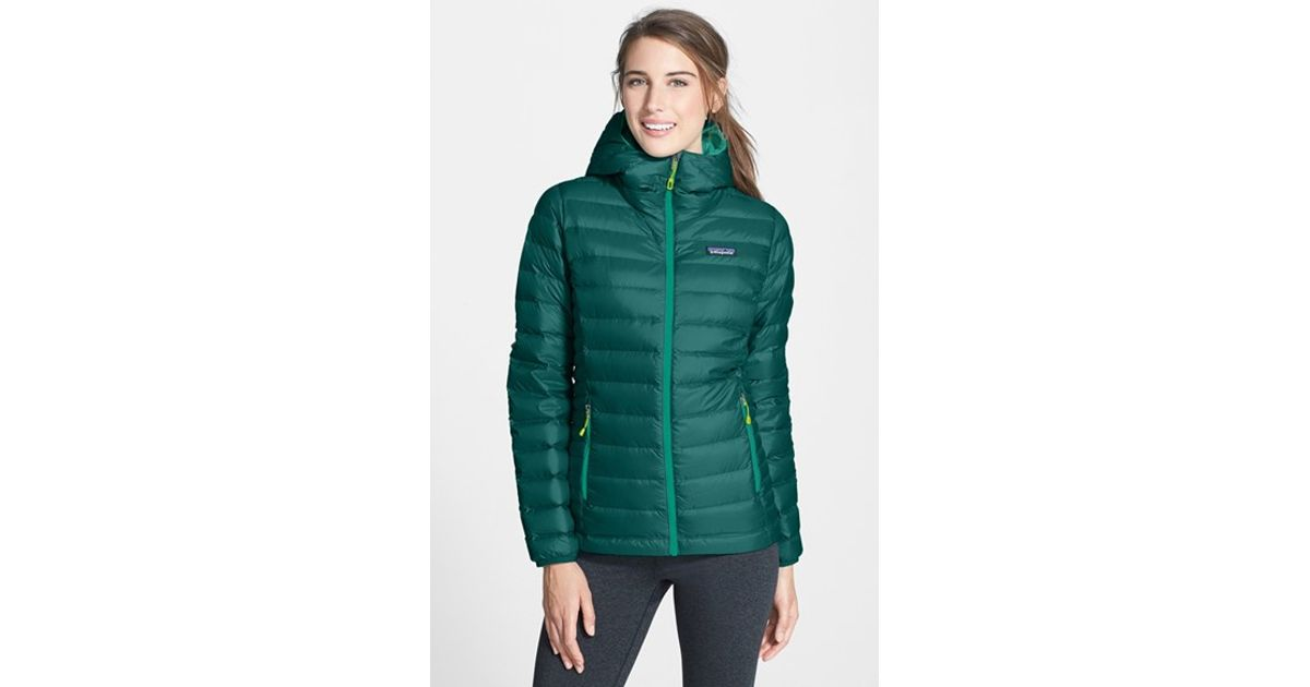 280bdf037ca6 Patagonia Hooded Quilted Jacket in Green - Lyst