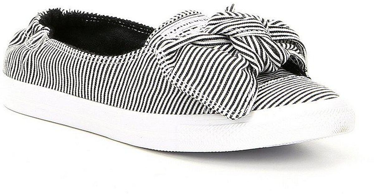3b3f58fd23f4 Lyst - Converse Chuck Taylor All Star Knot Striped Chambray Slip-on  Sneakers in White