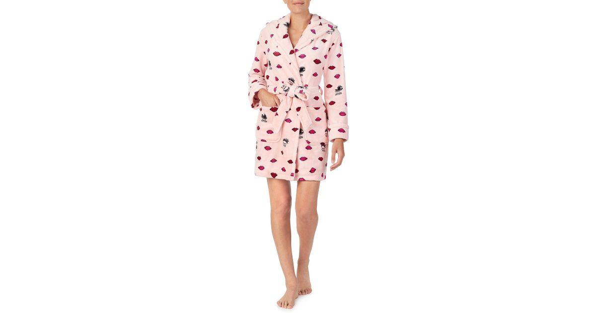 ac55d5ce75 Lyst - Betsey Johnson Royal Plush Lips   Lashes Print Short Hoodie Wrap Robe  in Pink
