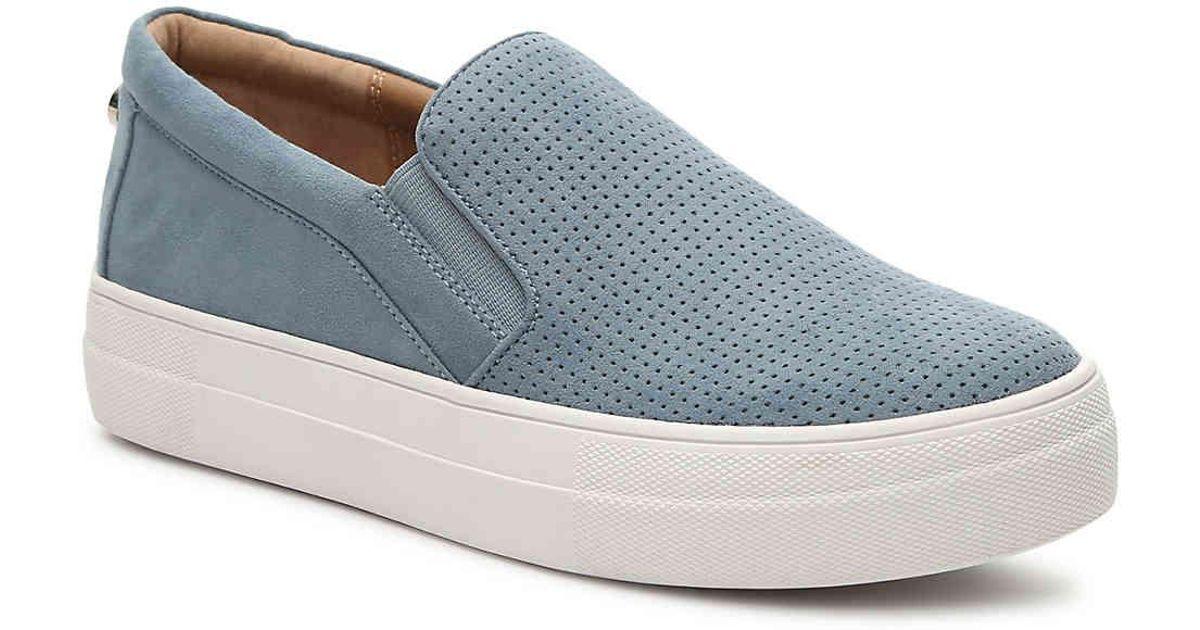 9f56d6f0aad1c Lyst - Steve Madden Giovana Slip-on Sneaker in Blue
