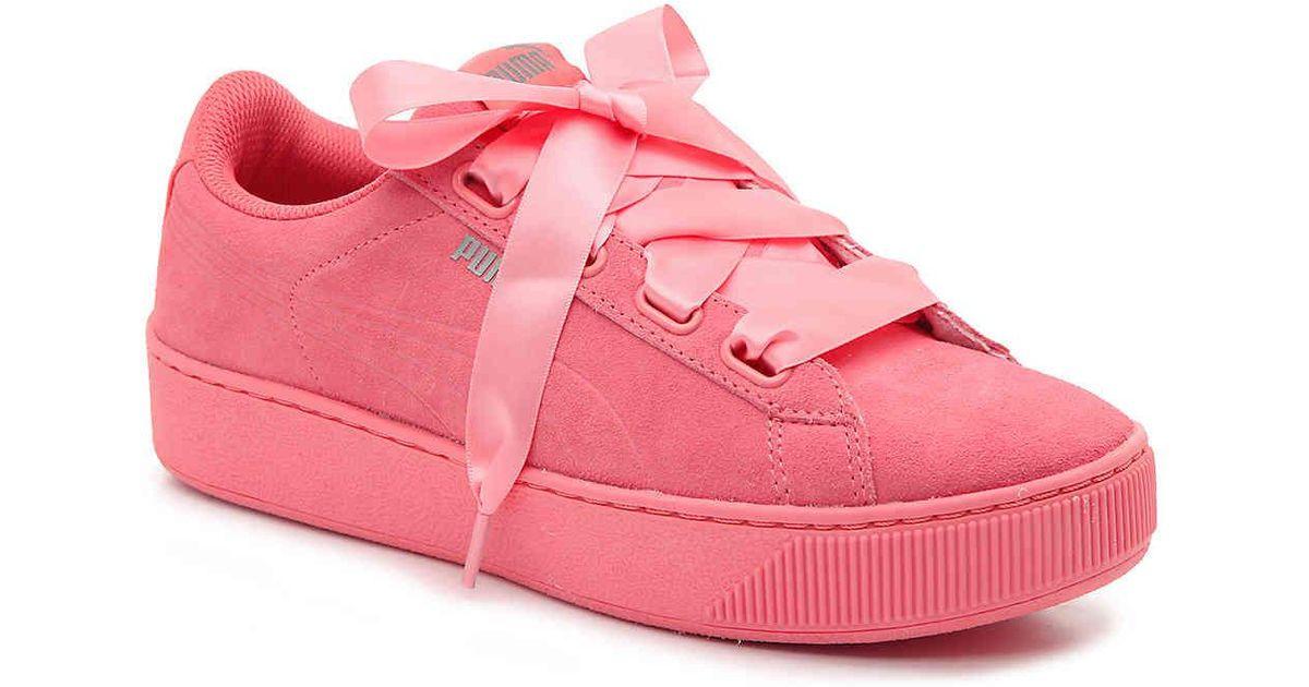 b71736cb8e6 Lyst - PUMA Vikky Platform Sneaker in Pink