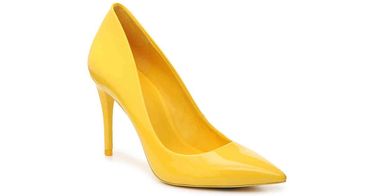 55e678ff11a Lyst - ALDO Uloaviel Pump in Yellow