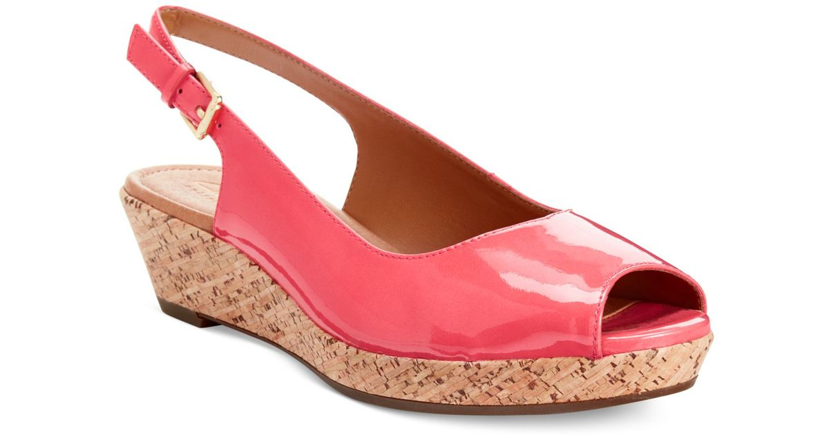 626e8e29e26 Lyst - Clarks Artisan Women S Orlena Currant Platform Wedge Sandals in Pink