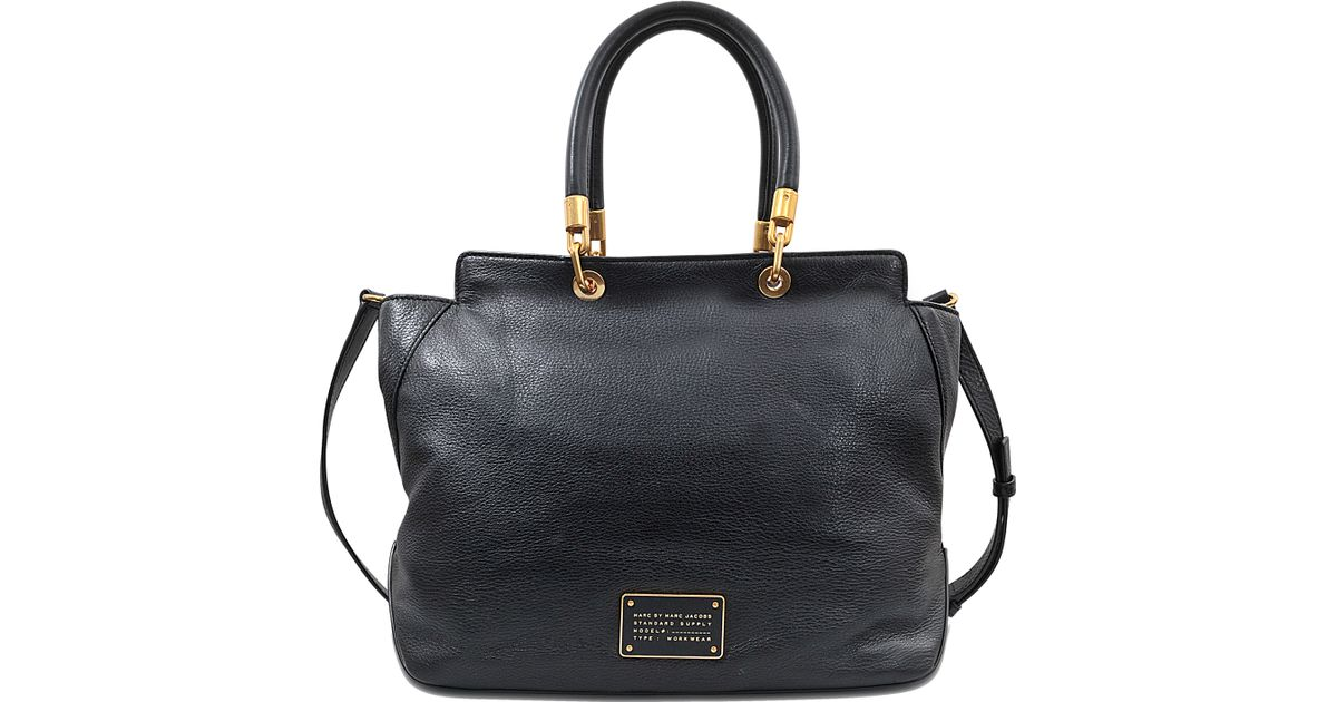 df0e32e5304 Marc By Marc Jacobs New Too Hot To Handle Bentley Bag in Black - Lyst