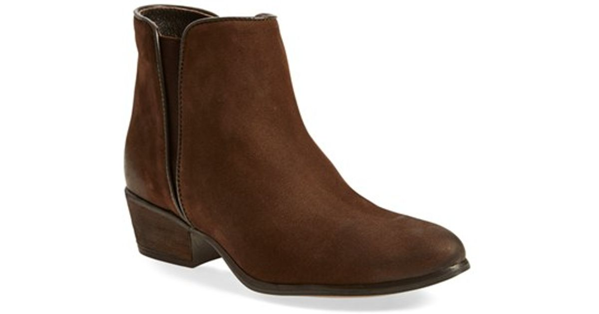 60a6210fbb6 Lyst - Steve Madden Nytroo Burnished-Leather Chelsea Boots in Brown
