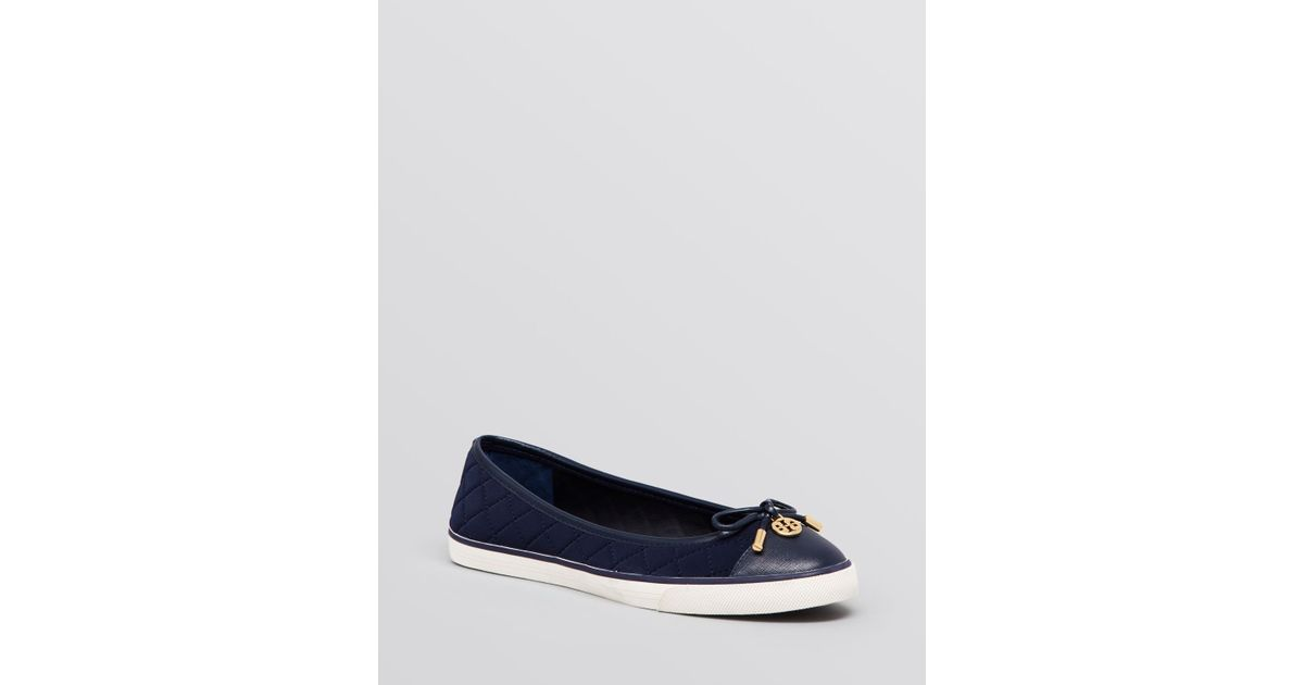 f5032d76c6ab6 Tory Burch - Blue Flat Slip On Quilted Sneakers - Caruso - Lyst