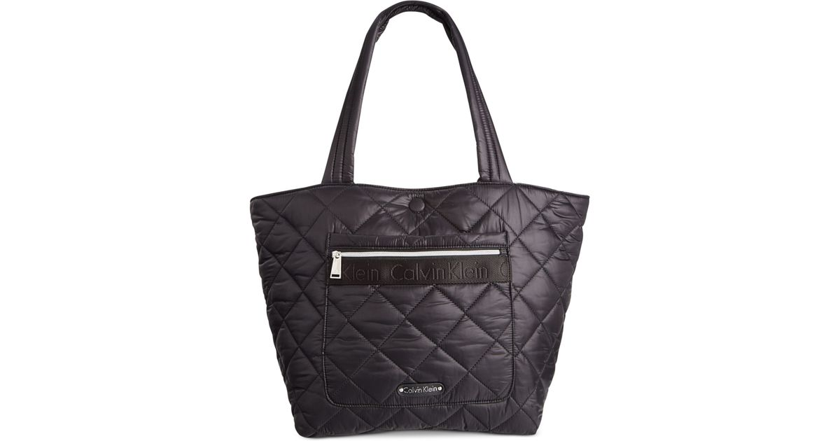 0654b8c66bf Calvin Klein Cire Nylon Quilted Reversible Large Tote in Black - Lyst