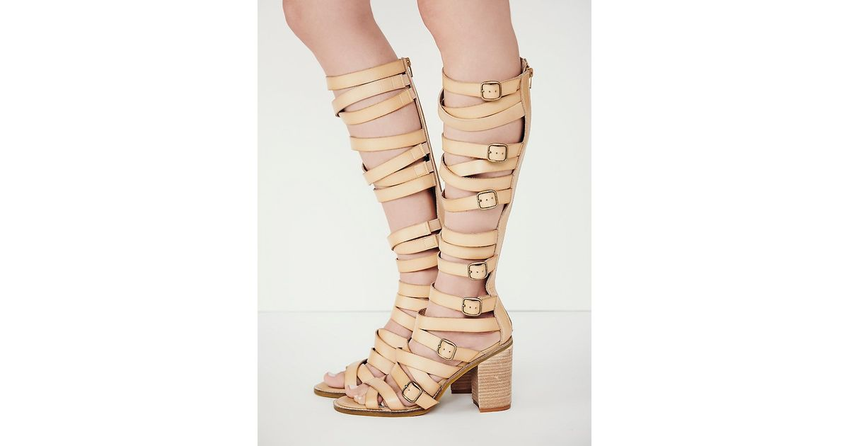 e98fe9150dea Lyst - Free People Vegan Shell Game Gladiator Sandals in Natural