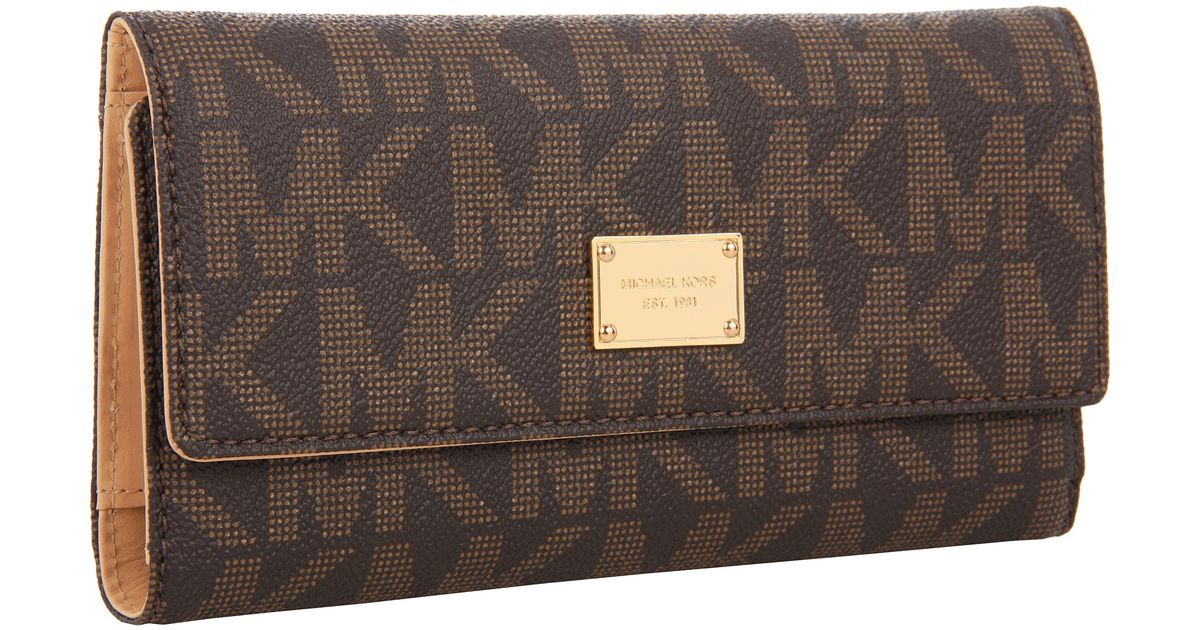 1222b3ffe3e9 MICHAEL Michael Kors Jet Set Checkbook Wallet in Brown - Lyst