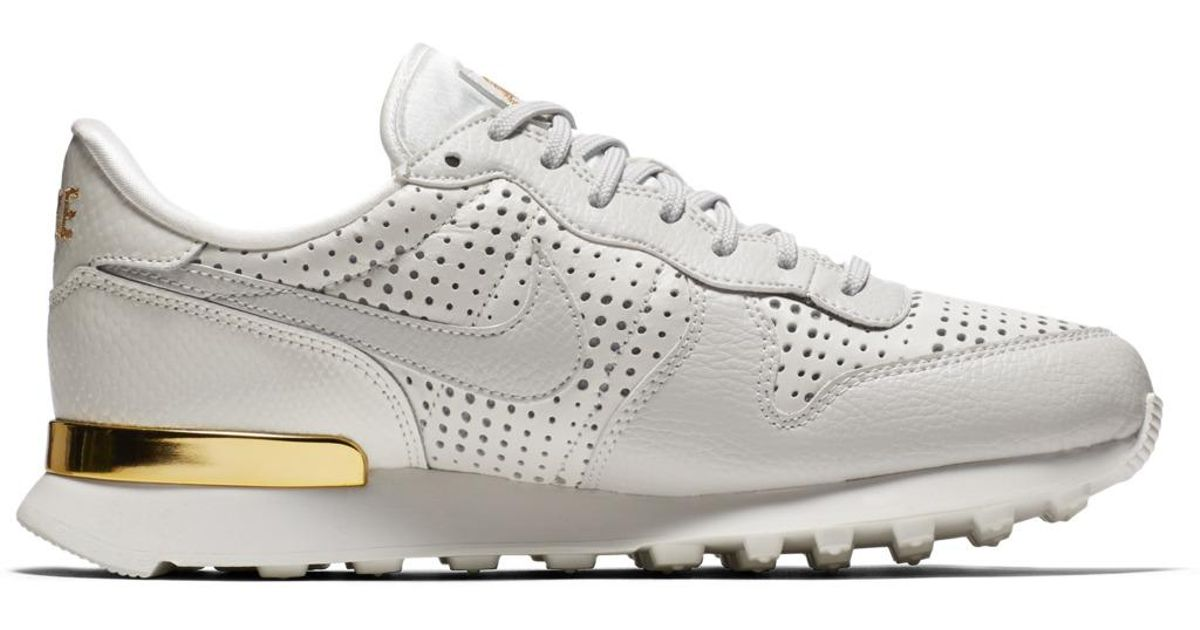 newest 5804a 85d0d ... shopping lyst nike internationalist premium qs casual trainers in white  for men 90b20 de620