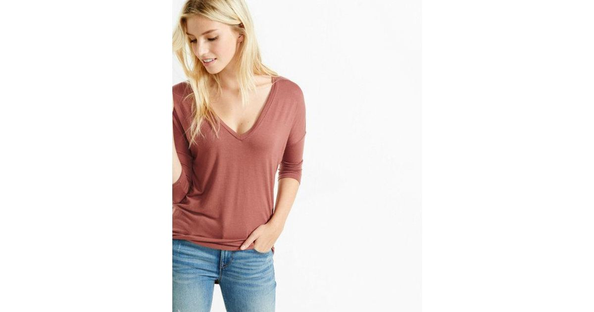 85ad0493 Lyst - Express One Eleven V-neck London Tee in Pink
