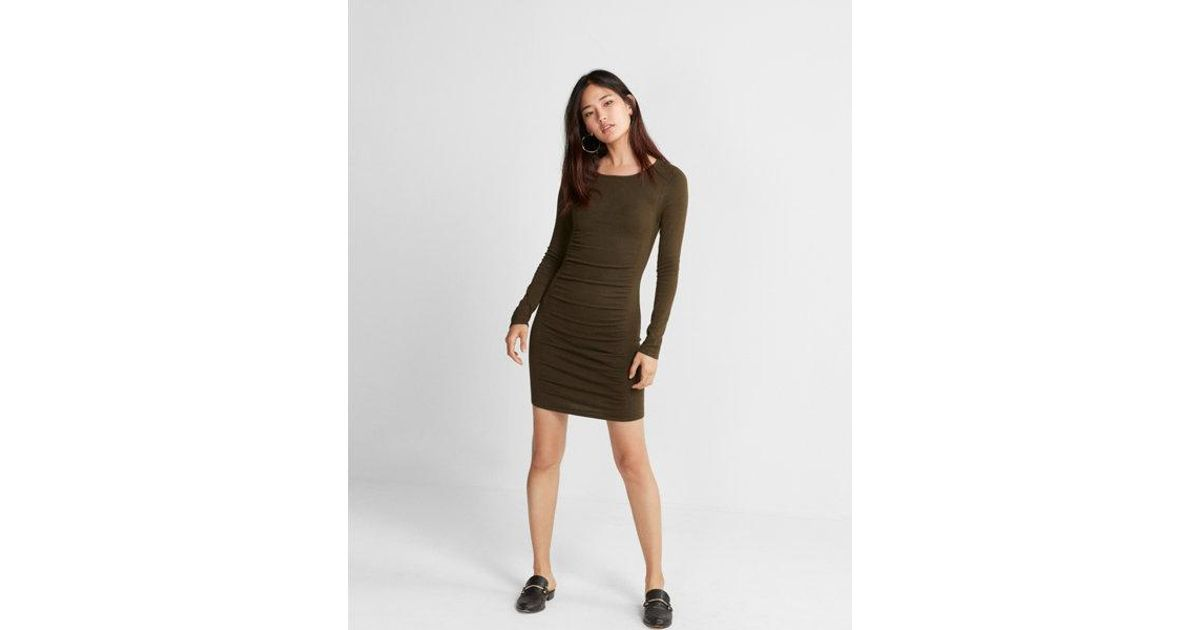 c7999e8ef02b9 Express Ruched Crew Neck Sweater Dress in Green - Lyst