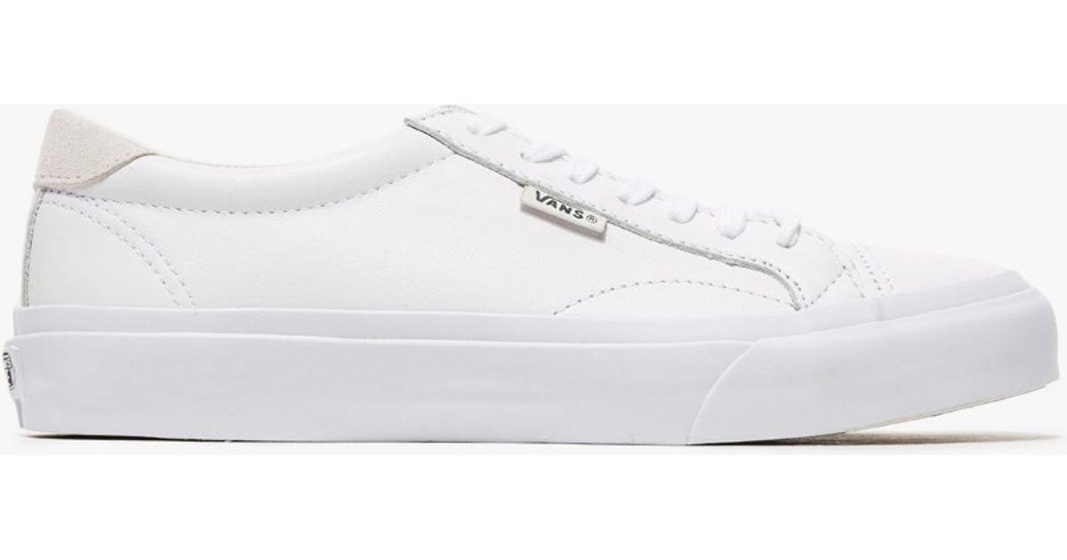 vans court shoes