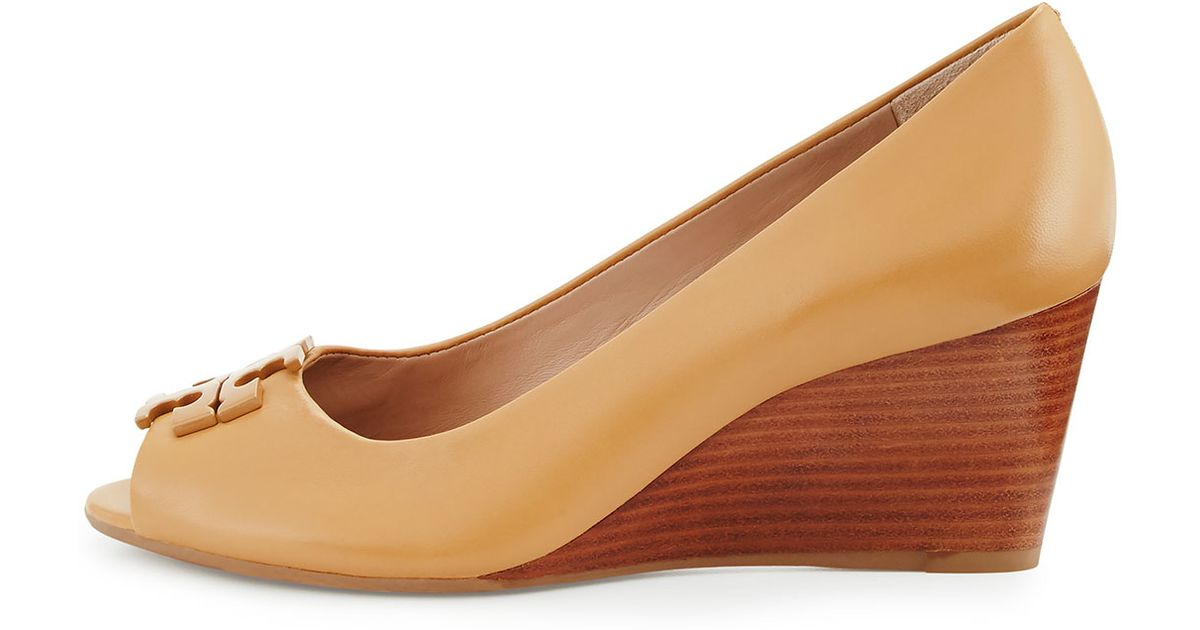 c106085fa55 Lyst - Tory Burch Lowell Peep-toe Wedge Pump in Natural