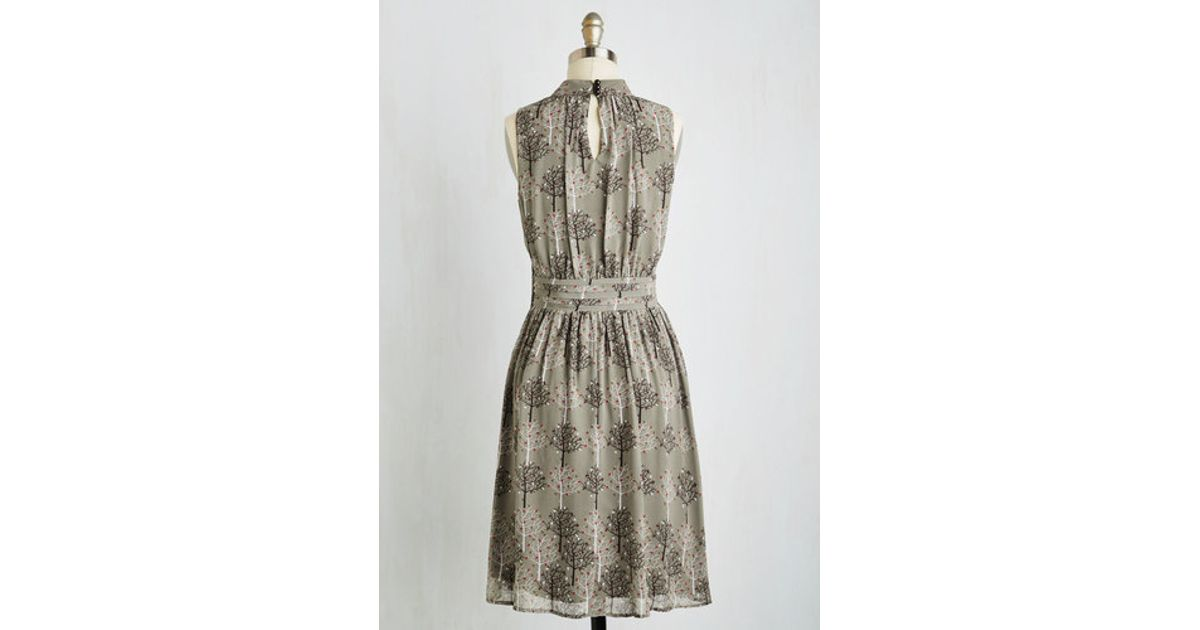 341b2e25945 Lyst - East Concept Fashion Ltd Windy City Dress In Autumnal Grove in Gray
