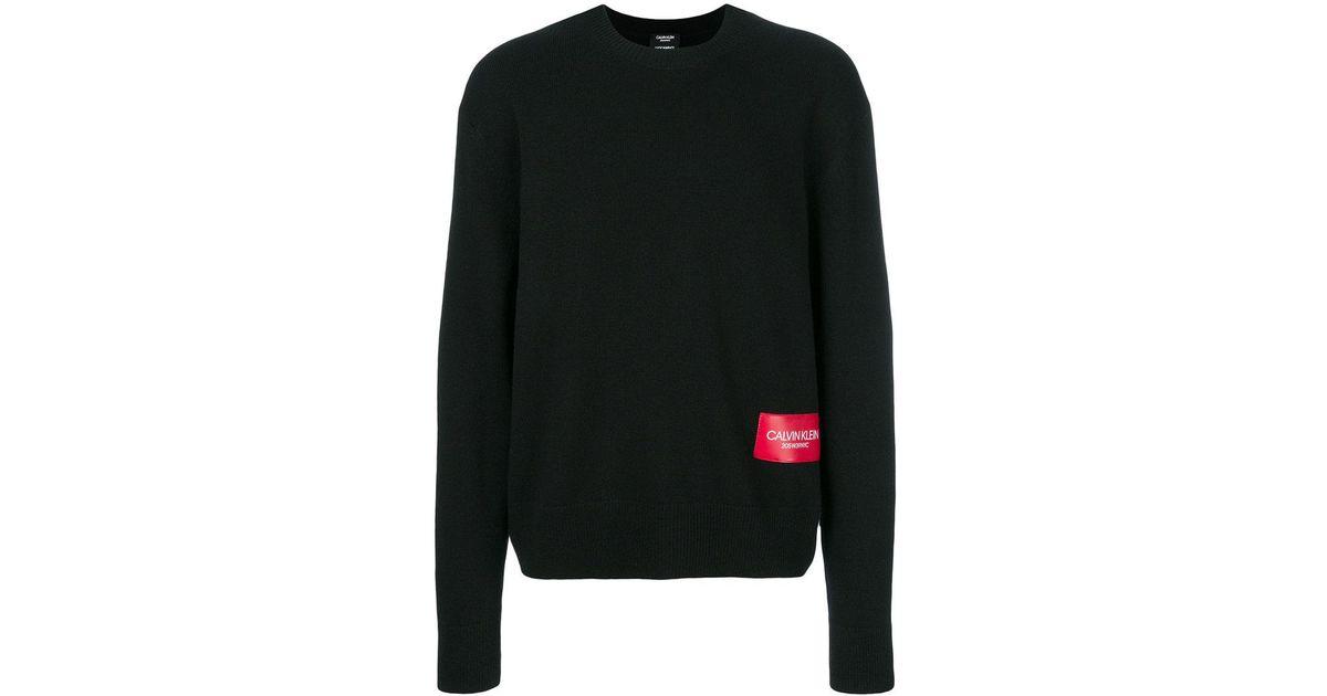 6d422547fe4 calvin-klein-205w39nyc-black-Pull-a-patch-logo-devant.jpeg